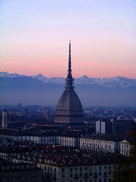 """Torino, Lega in piazza con i """"pro Tav"""". Attacco alla sindaca Appendino"""