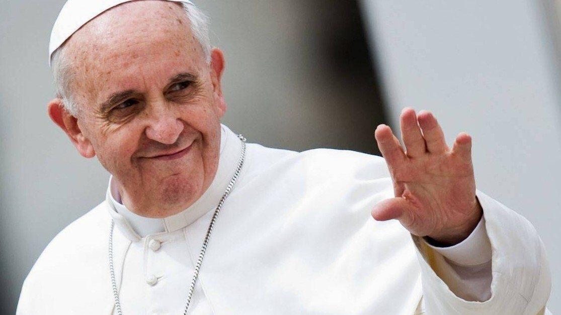 """""""La voce dei non nati"""", Papa benedice campana a favore del valore della vita umana"""