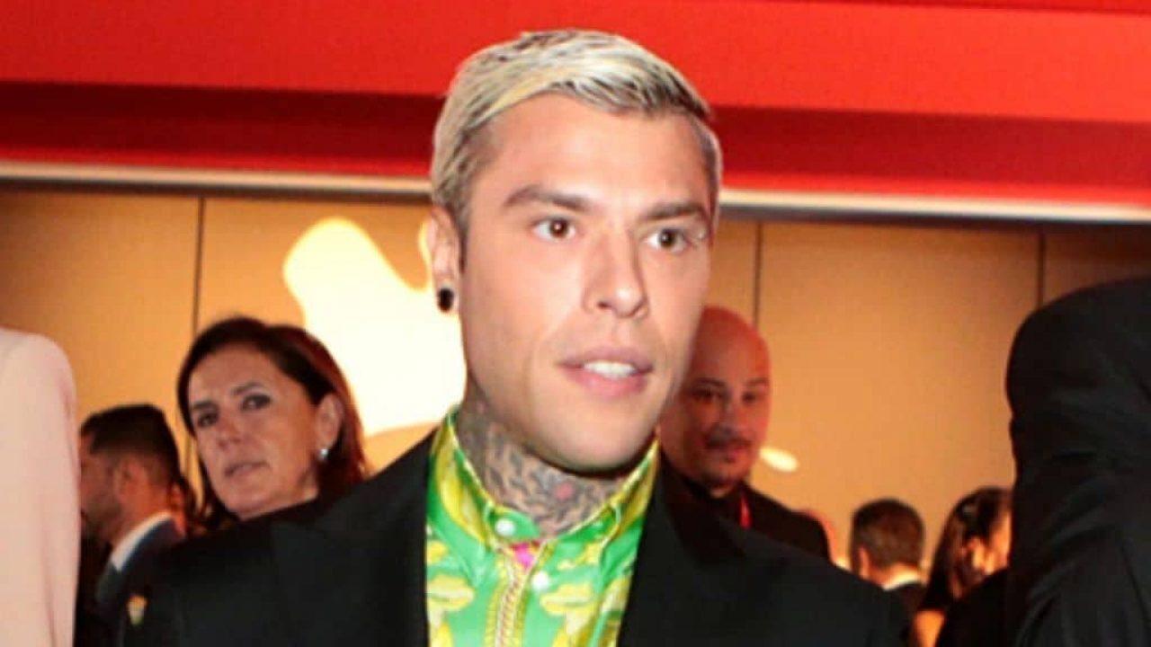 Lite con il vicino, il rapper Fedez imputato a Milano