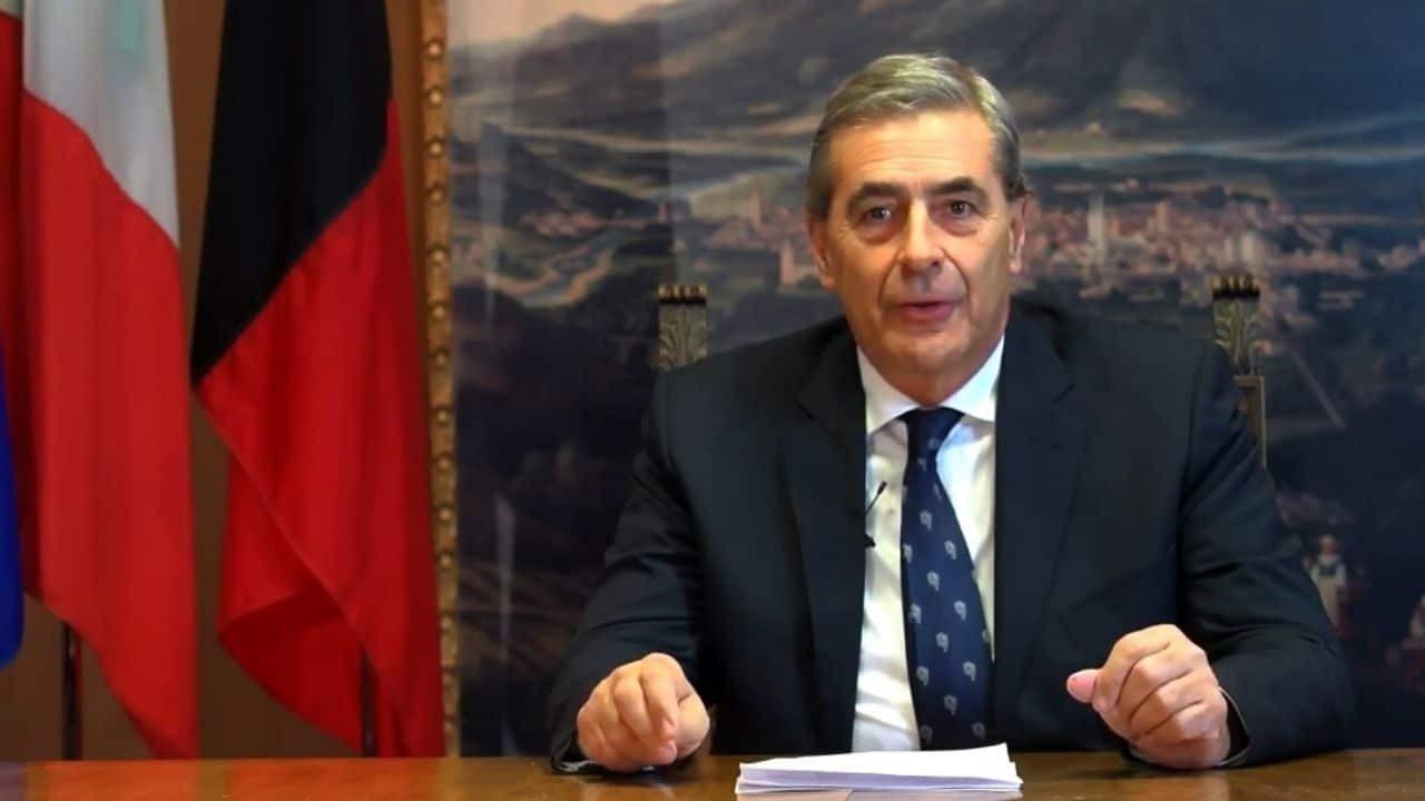 Valle D'Aosta, si è dimesso il presidente Antonio Fosson
