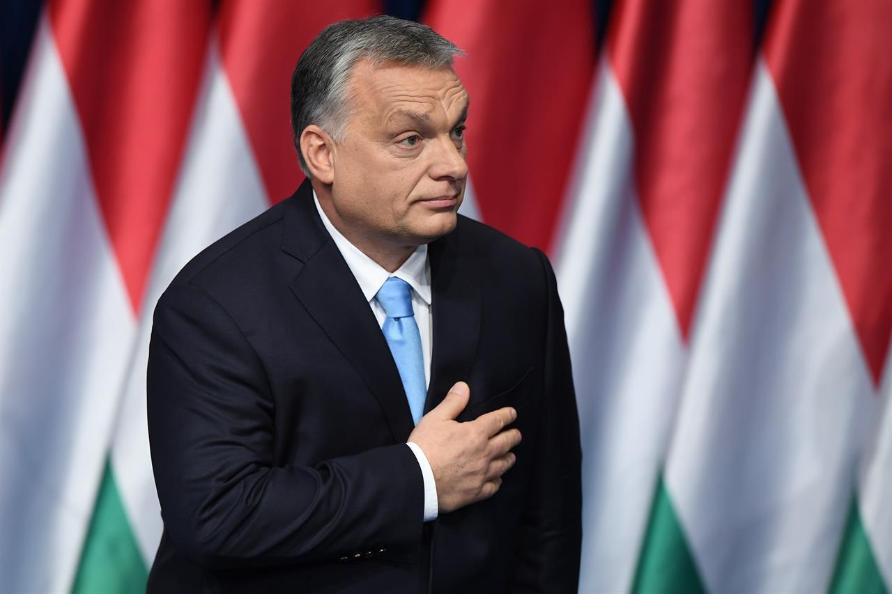 Ungheria, Orban indice un referendum per approvare la legge anti Lgbt