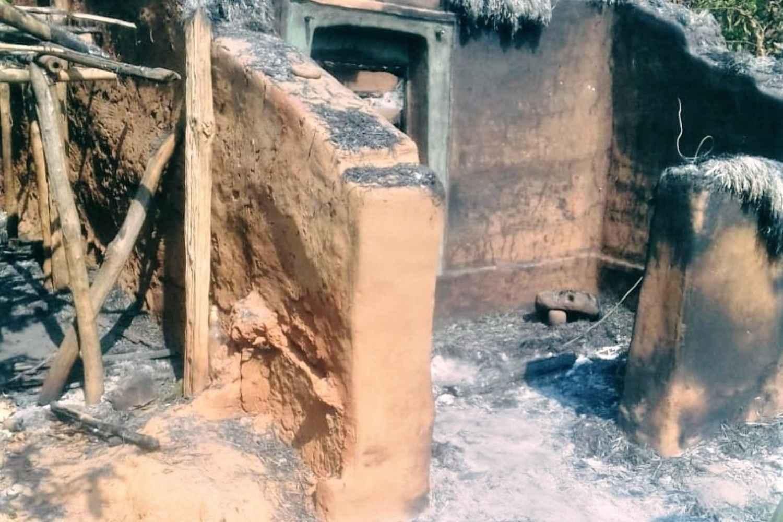 India: pastori sequestrati, Bibbie e Chiese date alle fiamme