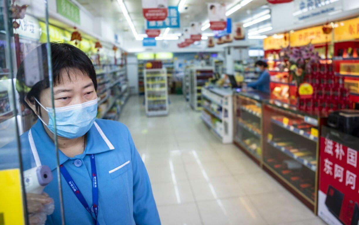 Coronavirus, il bilancio dei morti sale a oltre 800
