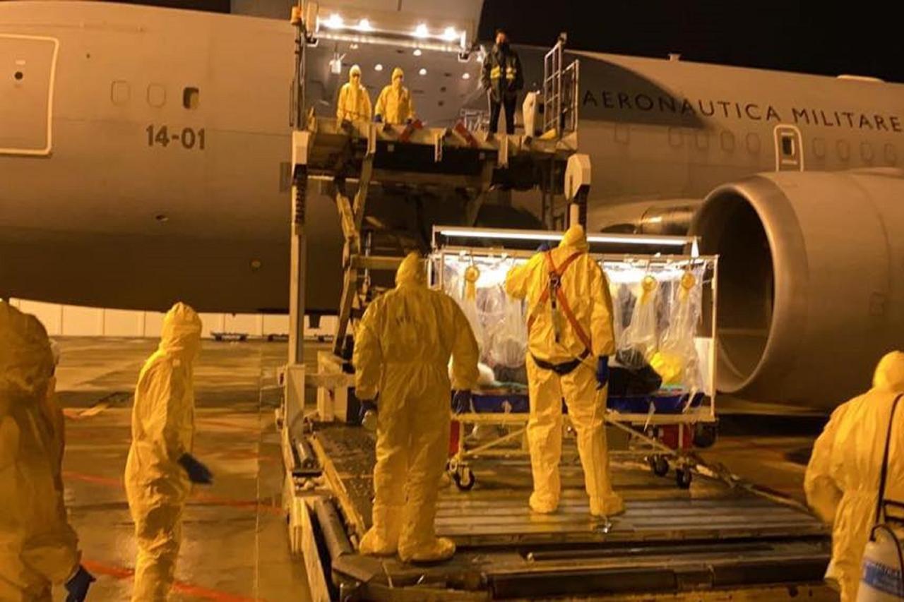 Coronavirus, in Italia il 17enne bloccato in Cina più volte per la febbre