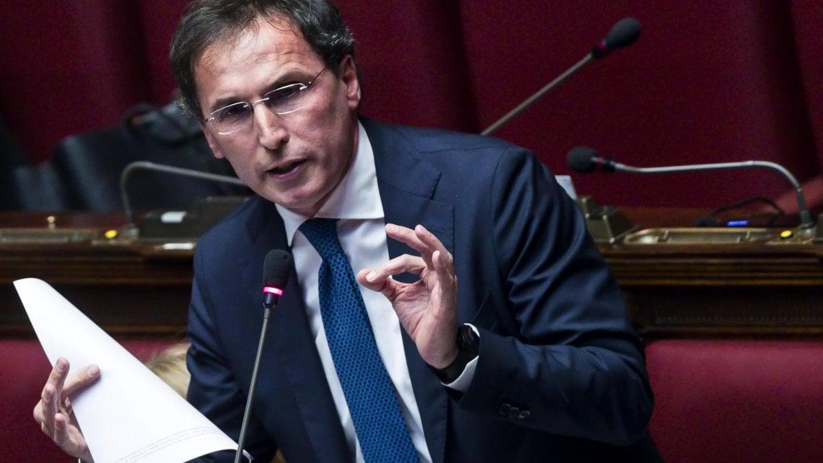 """Boccia avverte le Regioni: """"Ordinanze coerenti al DPCM o diffida"""""""