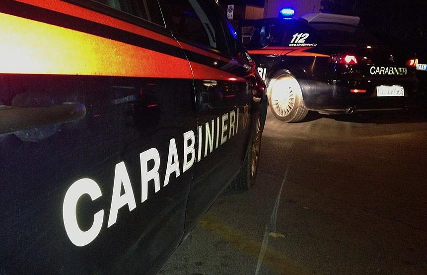 Lecce, 29enne uccisa a coltellate dall'ex davanti al fidanzato