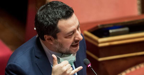 """Il Ddl Zan torna in aula a settembre, Salvini: """"Guai a chi mette in discussione la famiglia, la mamma e il papà"""""""