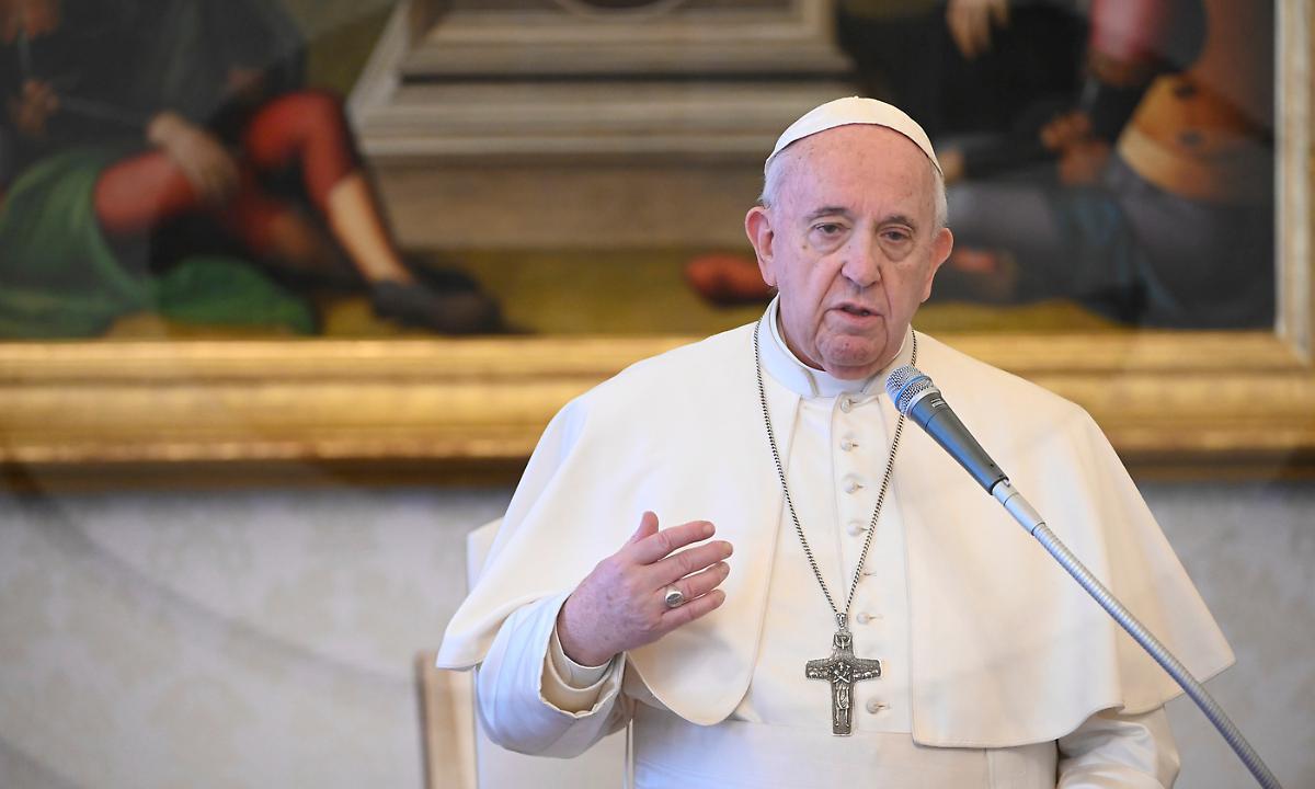 """Il Papa 'bacchetta' i Vescovi: """"Obbedienza alle disposizioni"""""""