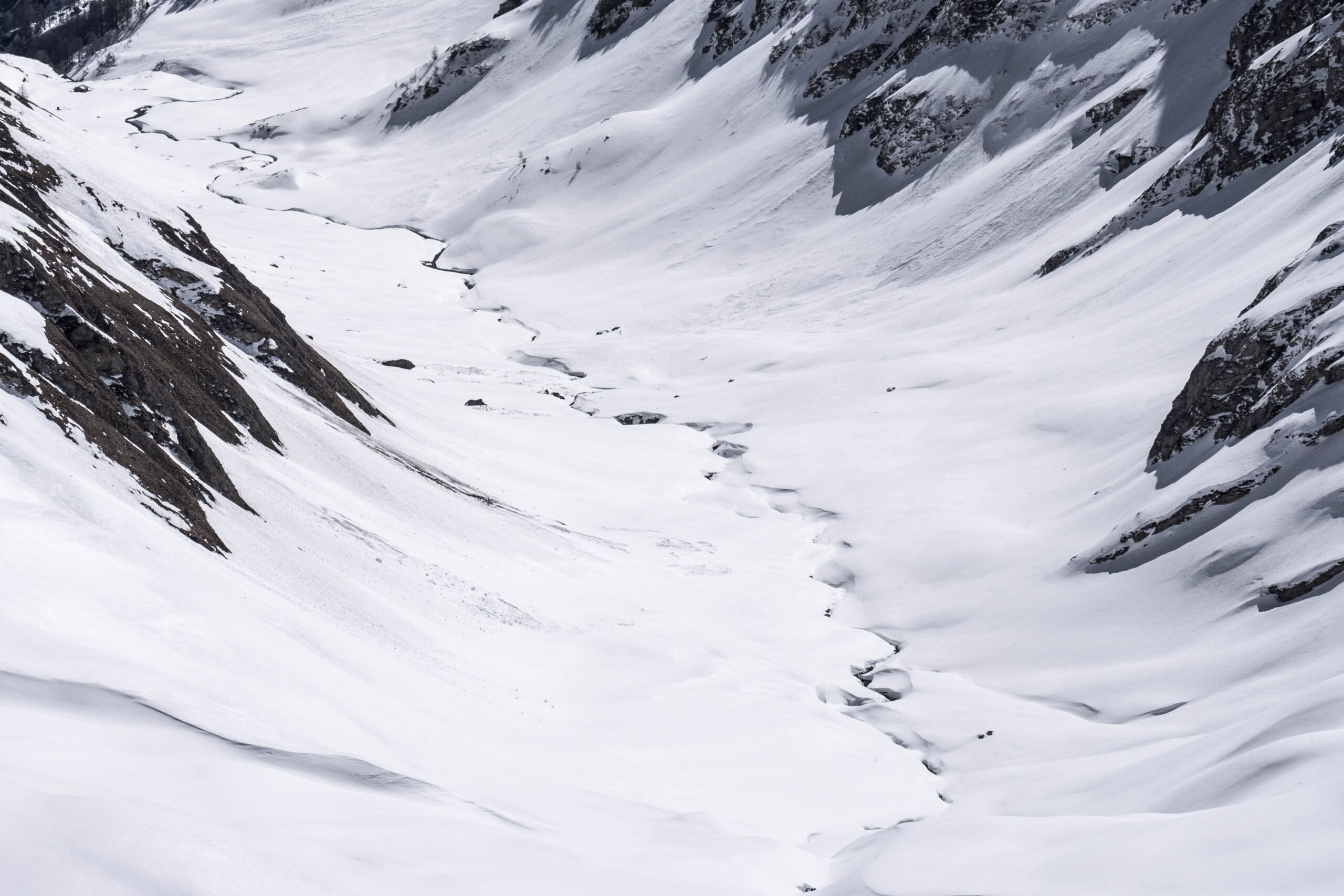 Allerta ghiacciaio, paura in Val Ferret: al via l'evacuazione