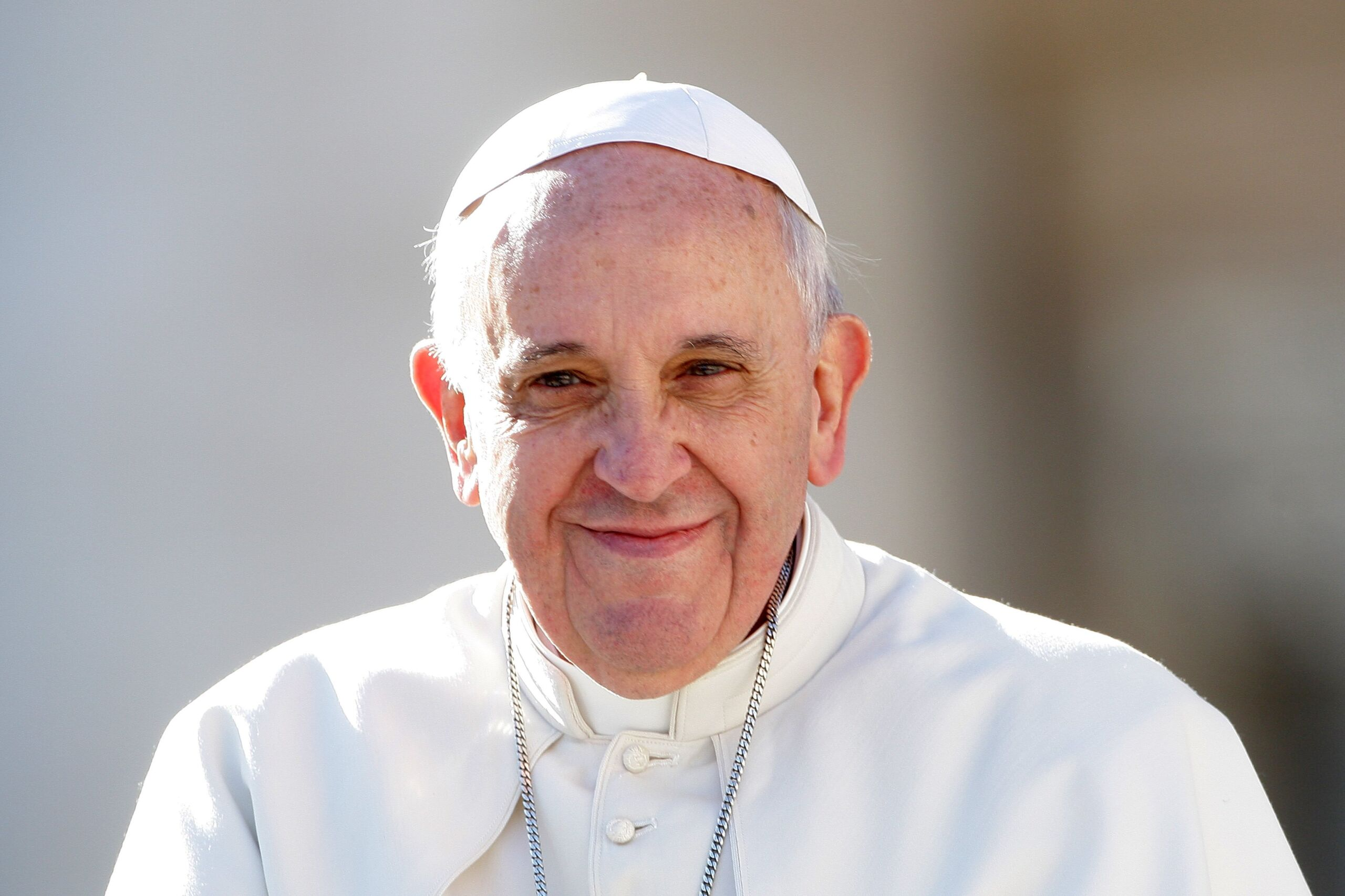 """Domenica delle Palme, Papa Francesco: """"Anche oggi molti di voi ammirano Gesù, ma non basta"""""""