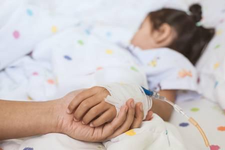 Eutanasia, l'Olanda pronta ad estendere la procedura anche sui bambini