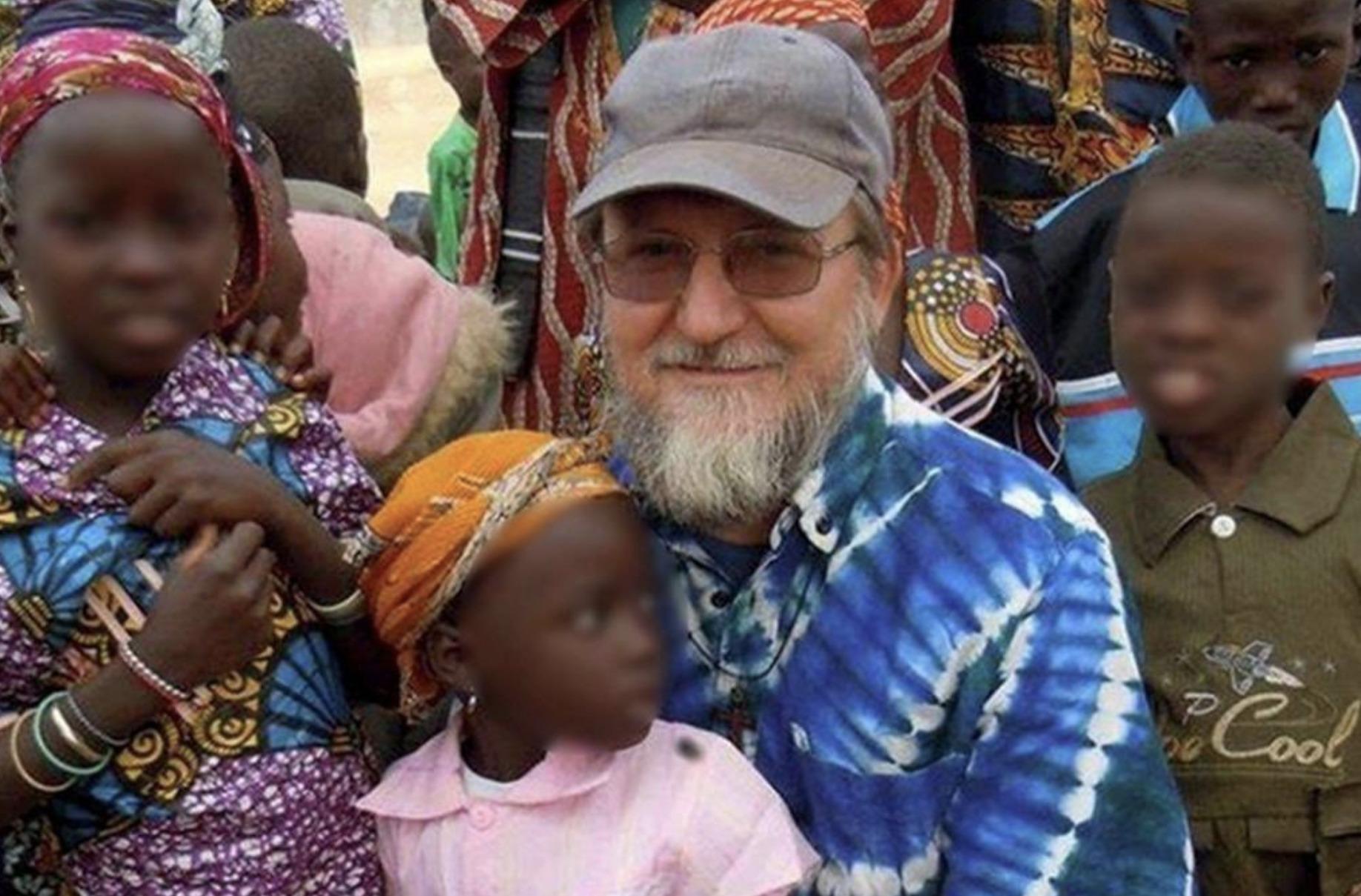 Mali, liberati dopo due anni padre Pier Luigi Maccalli e Nicola Chiacchio