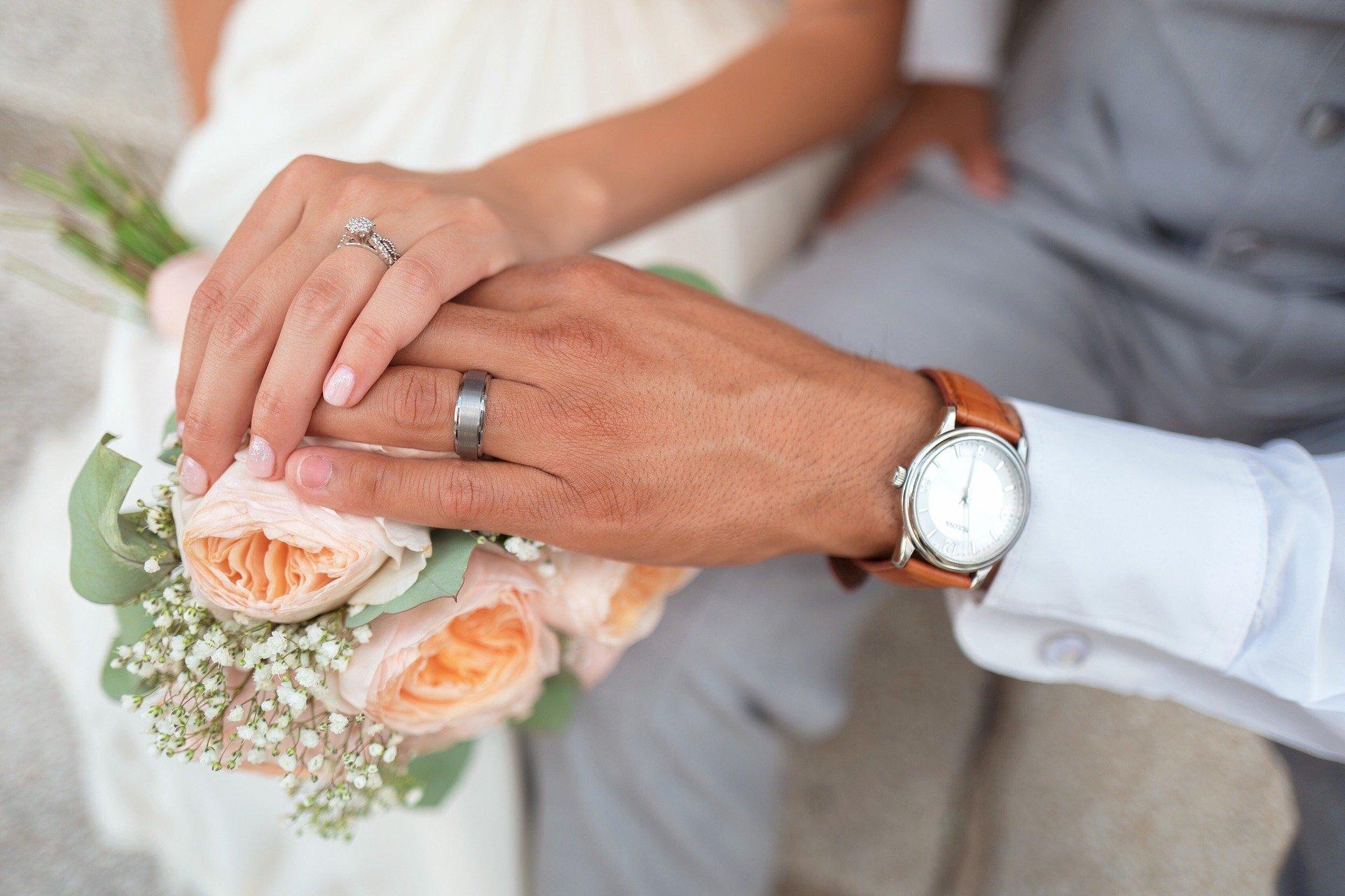 Matrimonio-focolaio a Monte di Procida: 200 invitati, 13 persone positive al Covid-19