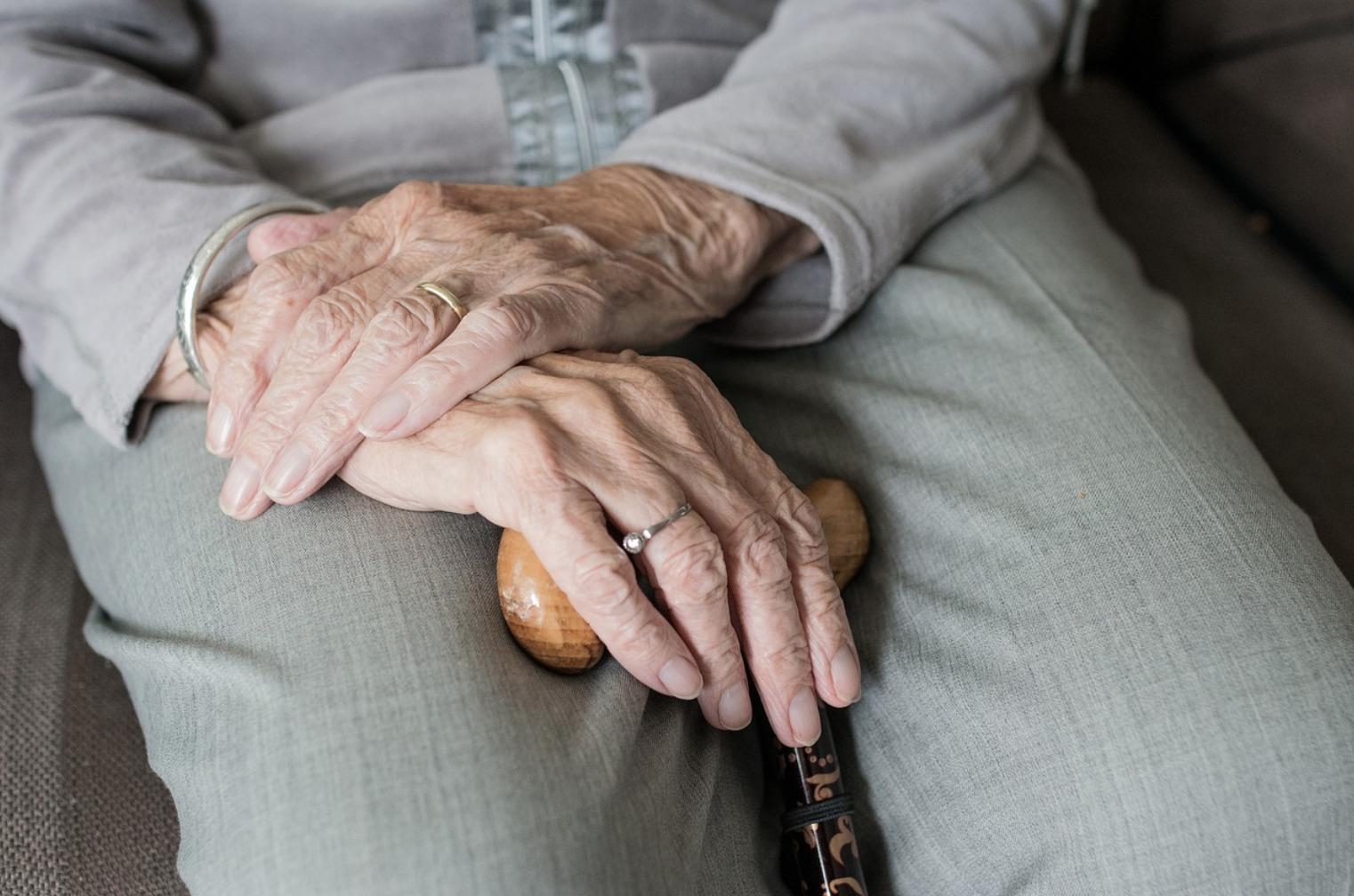 Pro Vita&Famiglia dedica la Festa dei nonni alle vittime della pandemia