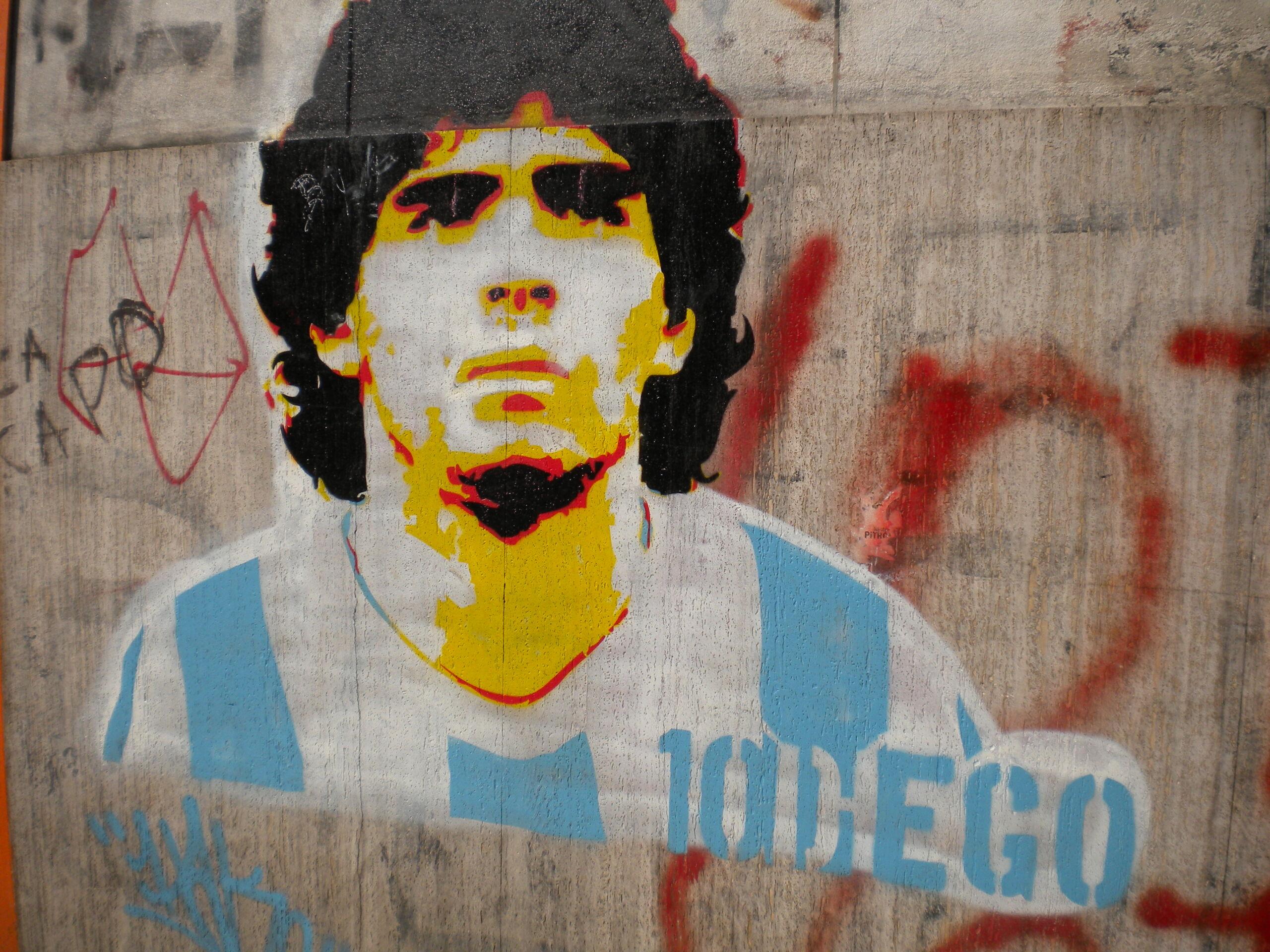 Maradona, il mondo saluta il Pibe de oro. A Napoli sarà lutto cittadino