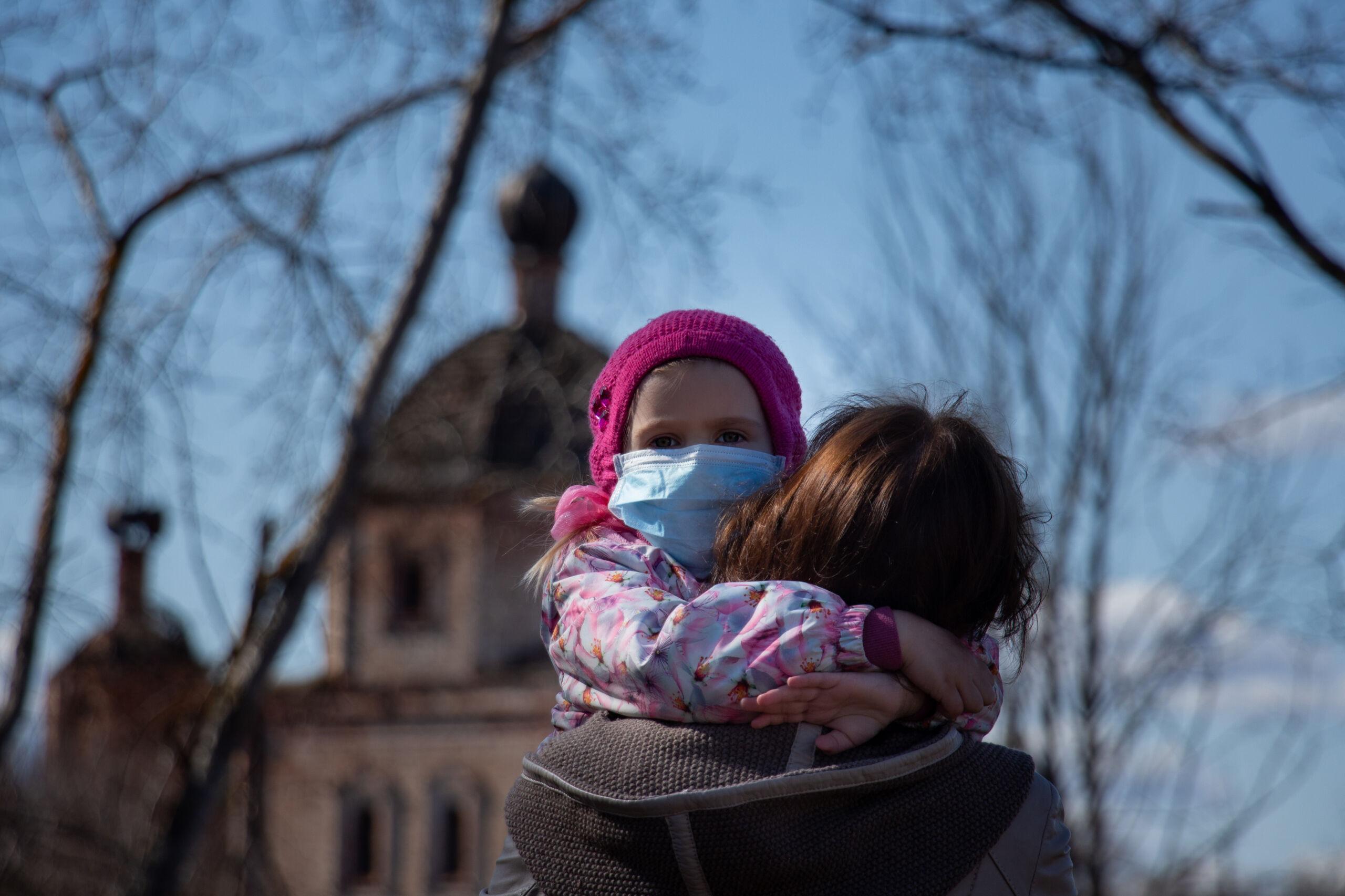 La pandemia impoverisce gli italiani: persi redditi per 1.650 a famiglia