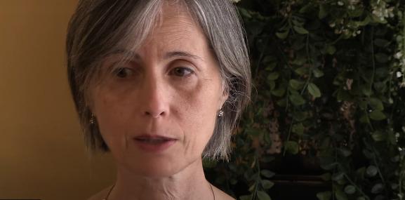 """Vaccino Covid, l'allarme della dottoressa Bolgan: """"Sono assolutamente contro"""""""