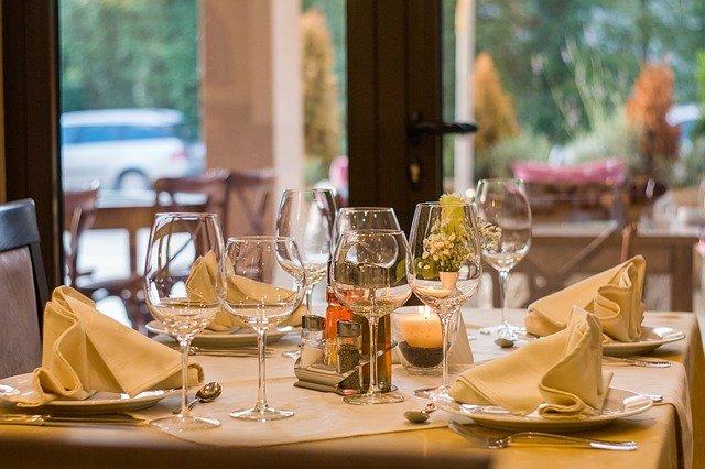 """Zona gialla, Coldiretti: """"Riaprono 220 mila bar, ristoranti e agriturismi"""""""