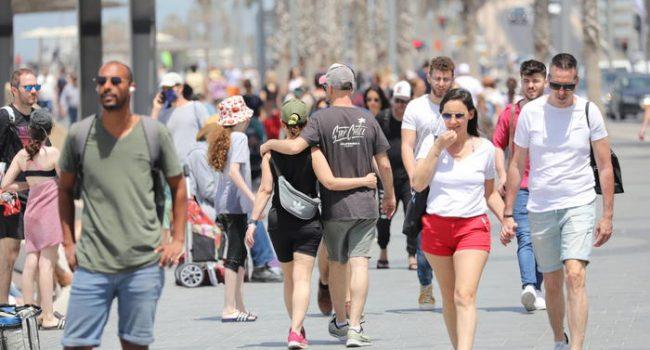 Il modello virtuoso di Israele, da oggi non sarà più obbligatorio indossare la mascherina