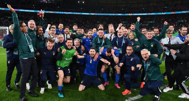 Euro 2020, l'Italia vola in finale: battuta la Spagna ai rigori