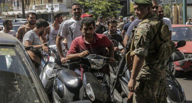 Carenza di carburante in Libano, è scontro tra villaggi musulmani sciiti e cristiani