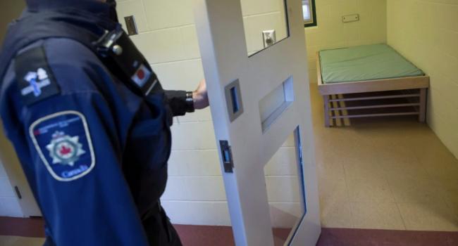 """Maschi transgender nelle carceri canadesi, le donne protestano: """"Abbiamo paura"""""""