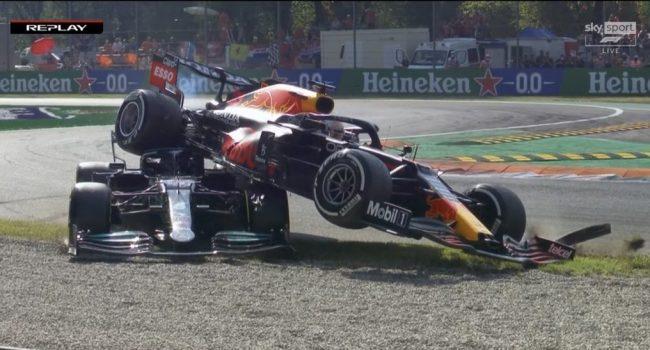 Gran Premio d'Italia, incredibile incidente tra Verstappen e Hamilton: entrambi fuori – VIDEO