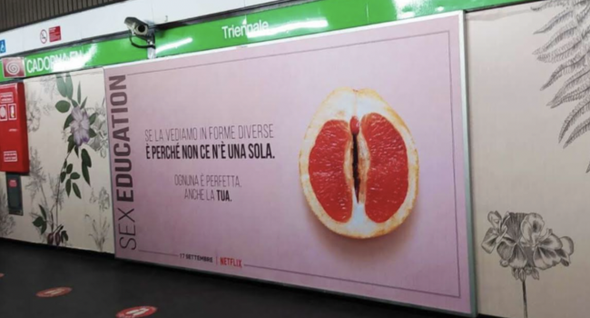 """Manifesti volgari sul sesso sulla metro di Milano, P&V: """"Messaggi inopportuni"""""""